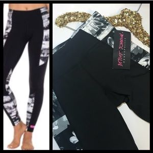 NWT Betsey Johnson performance Leggings